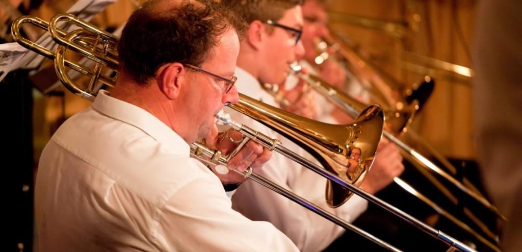 want2swing trombones